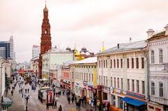 Rua da compra em Kazan foto de stock