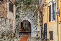 Rua da vila de Turbie do La, Provence fotografia de stock royalty free