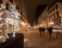 Rua das faíscas no Natal Foto de Stock Royalty Free