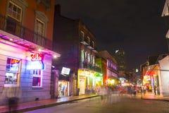 Rua de Bourbon no bairro francês, Nova Orleães Fotografia de Stock
