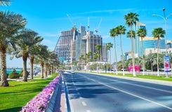 Rua de Corniche em Doha, Catar Fotografia de Stock