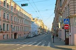 Rua de Gorokhovaya em St Petersburg, Rússia Fotos de Stock Royalty Free