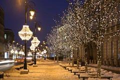 Rua de Nowy Swiat (mundo novo) em Varsóvia poland Fotografia de Stock Royalty Free