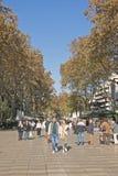 Rua de Rambla do La A rua a mais popular em Barcelona, Espanha Fotos de Stock