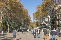 Rua de Rambla do La A rua a mais popular em Barcelona, Espanha Imagem de Stock