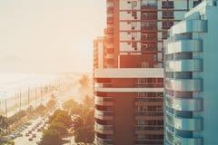 Rua de Rio de janeiro perto da praia e do oceano Imagem de Stock Royalty Free