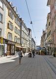 Rua de Schmiedgasse em Graz, Áustria Fotos de Stock