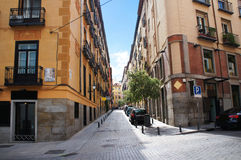 Rua de um quarto velha do Madri Imagens de Stock