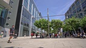 Rua de Zeil em Francoforte vídeos de arquivo