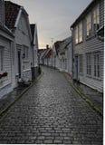 Rua do Cobblestone em Stavanger Fotografia de Stock