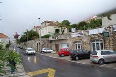 Rua do dia chuvoso de Dubrovnik Imagens de Stock