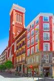 Rua do Madri na baixa da cidade com turistas e p Imagens de Stock Royalty Free