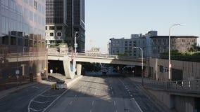 Rua do tráfego em Los Angeles do centro 4K video estoque