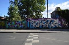 Rua dos grafittis em Copenhaga fotografia de stock