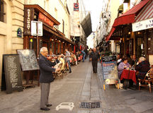 Rua du Potenciômetro de Fer em Paris Foto de Stock
