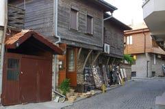 Rua e casas típicas na cidade velha de Nesebar foto de stock royalty free