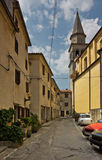 Rua em Buzet, Croatia Foto de Stock Royalty Free