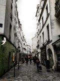 Rua em Le Marais, Paris, França imagem de stock