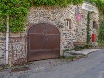 Rua em Octon ao sul de França Imagem de Stock Royalty Free
