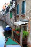 Rua em Veneza, Itália Fotos de Stock