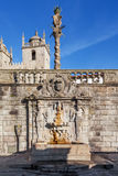 Rua Escura Fountain located near the Porto Cathedral and the pillory Stock Photos