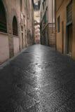 Rua estreita em Florença imagem de stock