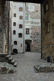 Rua estreita no castelo de Turku Imagem de Stock Royalty Free