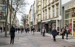 Rua grande da rua na cidade de Luxemburgo Fotos de Stock Royalty Free