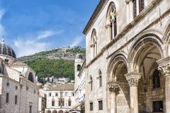 Rua larga principal em Dubrovnik em um dia de verão, Croácia fotos de stock royalty free