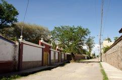 Rua mexicana da vila Imagem de Stock Royalty Free