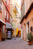 Rua na vila de Mônaco em Mônaco Monte - Carlo Fotografia de Stock