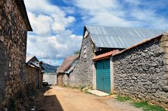 Rua na vila de Shishtavec imagem de stock royalty free
