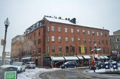 Rua nevado após a tempestade do inverno em Boston, EUA o 11 de dezembro de 2016 Foto de Stock Royalty Free