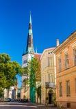Rua no centro histórico de Tallinn Fotos de Stock Royalty Free