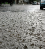Rua no dia chuvoso Foto de Stock Royalty Free