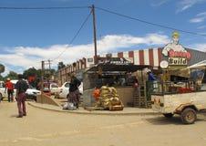 Rua principal da cidade da senhora Frere, África do Sul Fotografia de Stock