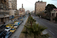 Rua principal durante o dia da cidade de Damasco em Síria Fotografia de Stock
