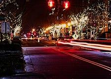 Rua principal EUA de cidade pequena na noite fotos de stock royalty free