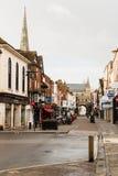 Rua principal Salisbúria, Wiltshire - amanhecer imagens de stock