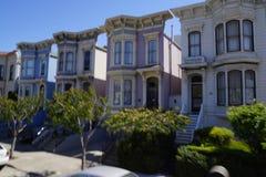 Rua residencial em San Francisco fotografia de stock royalty free