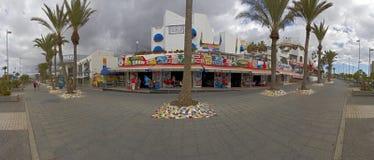Rua se cidade do Los Americas, Tenerife, Ilhas Canárias, Espanha Fotos de Stock