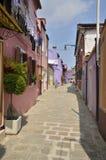 Rua tradicional de Burano Imagens de Stock