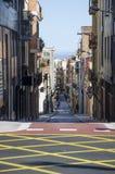 Rua vazia de Barcelona, paisagem de Catalunya, Espanha Estrada vazia de Barcelona Opinião da estrada de Barcelona Curso Barcelona imagem de stock