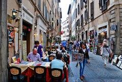Rua velha da cidade antiga de Roma Fotos de Stock