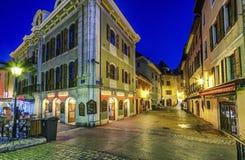 Rua velha da cidade de Annecy, França, HDR Foto de Stock Royalty Free