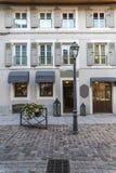 Rua velha em Ferney-Valtaire fotos de stock royalty free