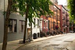 Rua velha na vila New York de Greenwitch fotografia de stock