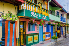 Ruas bonitas e coloridas em Guatape Fotografia de Stock Royalty Free