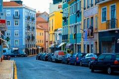 Ruas coloridas de Lisboa foto de stock