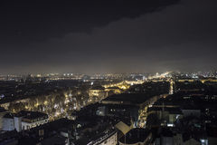 Ruas da cidade na noite Fotografia de Stock